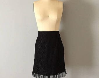 20% OFF SALE... black lace and tulle mini skirt || 90s black floral lace skirt