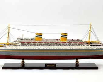 Model Cruise Ship Etsy - Cruise ship model kits