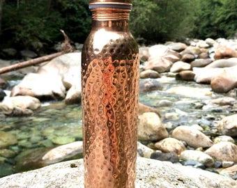 Hammered Copper Yoga Water Bottle Ayurveda bottle Joint Free Leak Proof Ayurveda Health Benefits Pure copper bottle