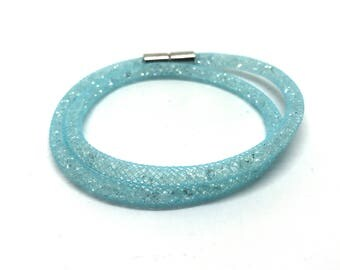 Crystal Wrap bracelet light blue with magnetic clasp 18 cm