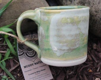 Green Ceramic Mug with Marbled White Color