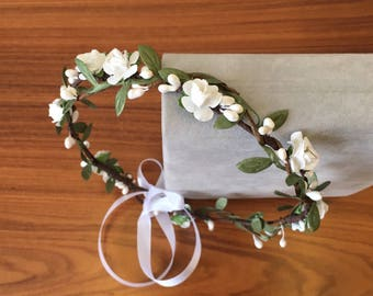 White green flower crown wedding floral crown wedding headband flower circlet bridal crown wedding hair wreath leaf crown flower girl crown