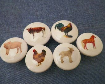 Farm Animals Knobs. Country Theme Decor. Decorate Your Kitchen Cabinet Doors or Furniture Drawers withThese Wooden Barnyard Animals