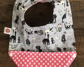 Scalable reversible bib for baby child bavana bib cat polka dot pink
