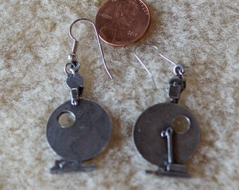Spinningwheel Earrings Louet S10 pewter