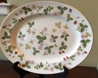15 1/2 inch Wedgwood Wild Strawberry Platter