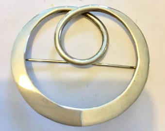 Silver Celtic style brooch marked 925