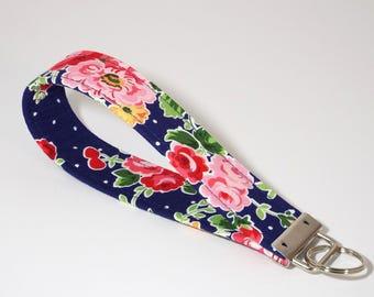 Shabby Chic Wristlet, Keychain, Key Fob, Key Chain Wristlet, Gift for Her, Wristlet Keychain, Fabric Key Fob, Floral Wristlet, Key Ring
