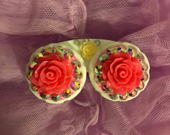 Eye Candy (contact lens case)