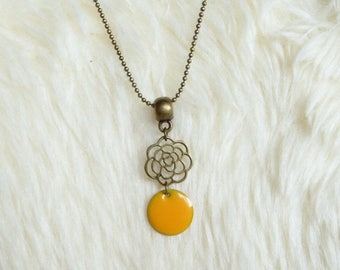 Sunshine yellow sequin flower filigree pendant necklace