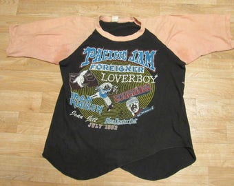 Vintage Pacific Jam Iron Maiden Scorpions Foreigner Loverboy Joan Jett Blue Oyster Cult Concert Tour shirt
