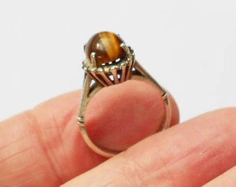 Vintage Oval Tiger's Eye & Silver Ring, Fully Hallmarked For London 1975, Modernist Style