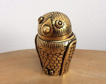 Vintage Hand Painted Black & Gold Lacquer Papier Mache Owl Trinket Box - cute and quirky