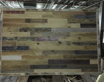 32 Square feet of pallet wood wall material