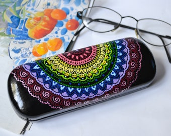 Colorful Mandala art Glasses case Hand painted Hard case for glass  Rainbow Eyeglass case Mehndi decor Gift for women Gift for mother