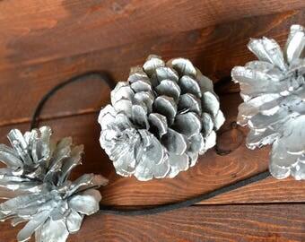 Silver Pine Cone Rustic Garland/Handmade/Natural PineCone Garland/PineCone Ornaments/Silver PineCones/Rustic Wedding Garland/Fireplace Decor