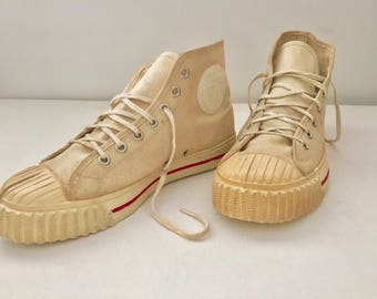 1950's Bata Basketball shoes Vintage 50s bata speed stars hi top sneakers off white canvas sz 4 RARE
