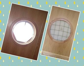 Narrowboat Porthole Window Dressing