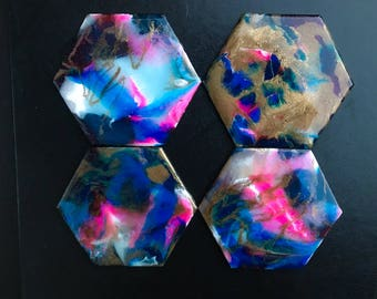 "Set of four hexagonal coasters with bright acrylic colors, shimmering gold and a glossy resin finish | ""Cotton Candy"" Set 2 of 3"