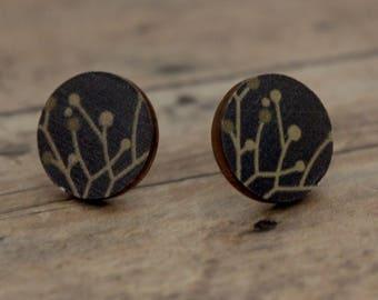 Wood Stud Earrings / Brown Branch Pattern Wood Stud Earrings / Round Wood Stud Earrings