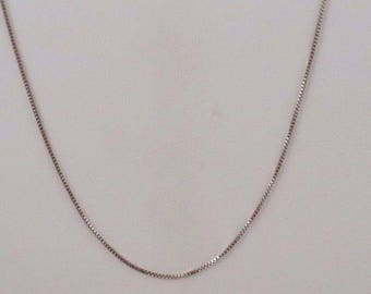 14k White Gold 18.75'' Box Chain Necklace 1.70 Grams(00324)