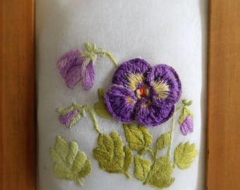Small embroidered flowers Vintage frame