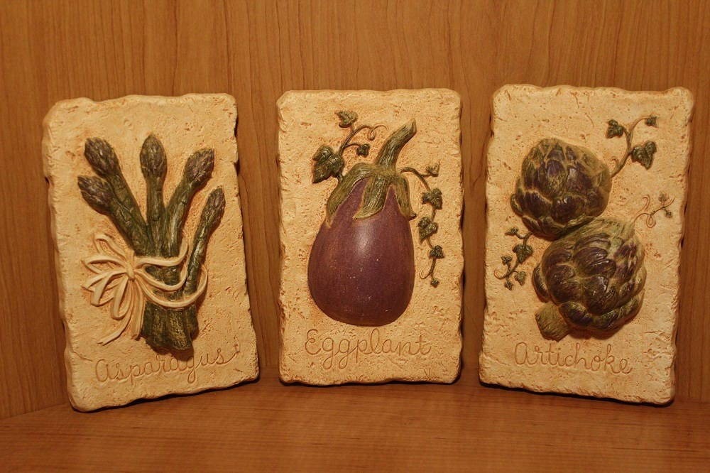 Home Interior ~ Kitchen Decor ~ Wall Plaques ~ Decorative Wall Hangs ~ Accent  Pieces ~