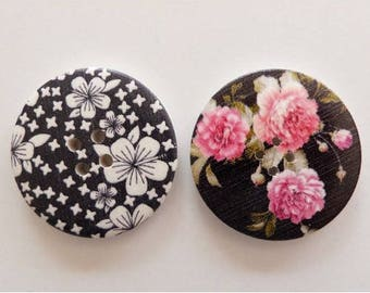 2 round buttons, sewing, scrapbooking, 4 cm white and pink flower