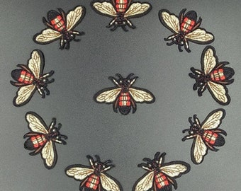 10PCS/LOT mini Bee patch Embroidery sew on iron on patch Decoration Accessories Embroidered patch  no.138