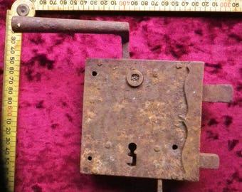 19th / antique door lock / rusty