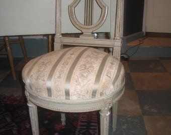 Very pretty and sought-after French antique Louis XVI chair