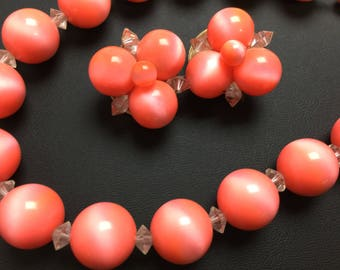 LISNER Vintage Luminescent Coral Lucite Necklace & Clip Earrings Set Amazing