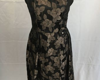 Lovely 50's Brocade Floral Dress