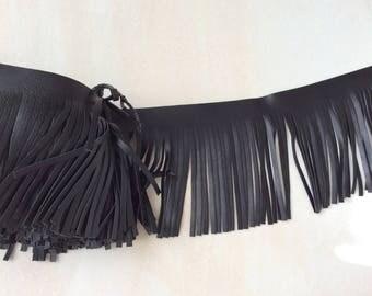 Fringe in black imitation leather of 10 cm in width, color
