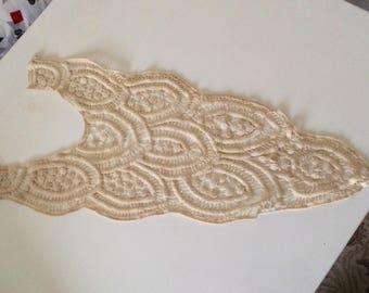 Applique lace cotton beige 56 cm long