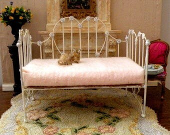 "Artisan Made Dollhouse Miniature Wrought Iron Look Daybed ""CAROLINE"" 1:12 Scale, Half Scale"