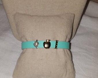 Apple for the teacher bracelet