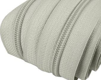 6m of endless zipper 5mm with 15 zippers and ends 314 light grey