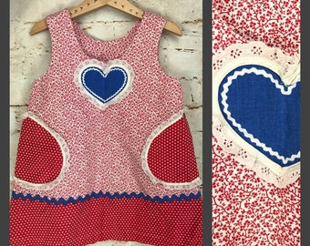 KIDS !!  Vintage Girl's Dress with Heart - Cute Vintage Kid's Dress - Adorable Dress - Baby Vintage Clothing - Small
