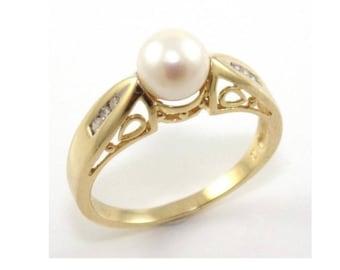 14k Gold diamond Akoya pearl ring #10678