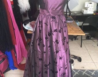 Vintage Purple Dress with Velvet Flowers