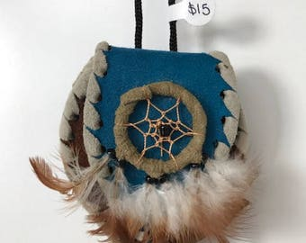 Native American leather pouches (4 in the lot)