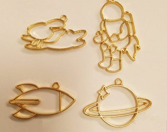 10Pcs Gold Space Series Planet Charm Rocket Charm Rabbit Charm Astronauts Charm UV Resin Charms Pendant Jewelry Accessories Handmade Craft