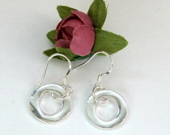 Eternity Circle Minimalist Silver Earrings, Geometric Earring, Ring Dangle Earring, Minimal Jewelry, Everyday earring, Boho chic Dangle Hoop