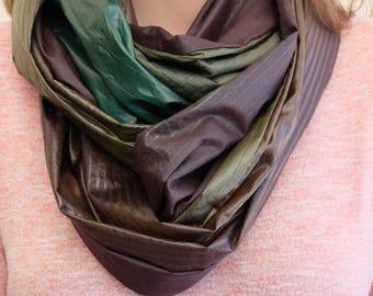 Multicolored tube scarf