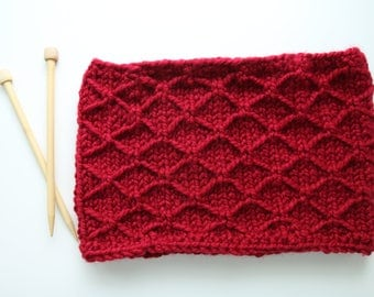 Ready To Ship, Trellis Stitch, Cowl, Thick Circular Scarf, Cranberry