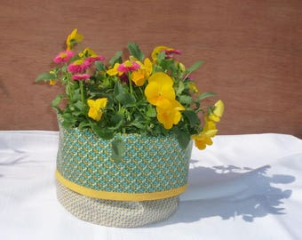 Tidy, plant green and yellow reversible