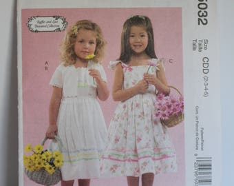 McCalls 5032 pattern girls dress
