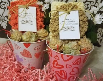 Valentine's Day Gift for Her, Spa Gift Set, Washcloth and Soap Set, Handmade Gifts, Bath Gift for Women, Ready to Ship