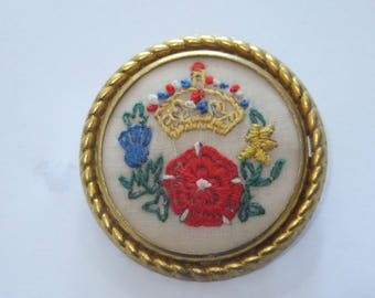 Vintage, hand embroidered military sweetheart brooch